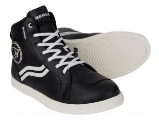 Motoros cipők, motoros csizmák