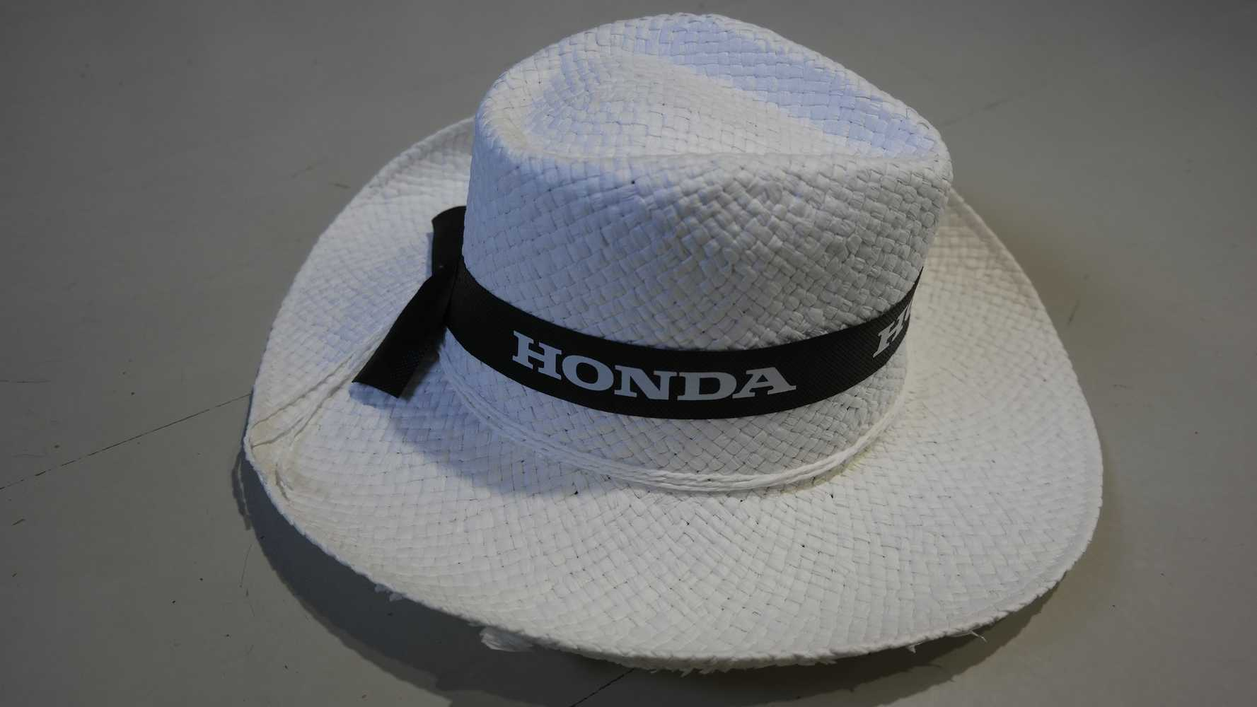 Honda egyéb kiegészítők HONDA KALAP FEHÉR KALAP - Szallerbeck Motor a0f37e7e62